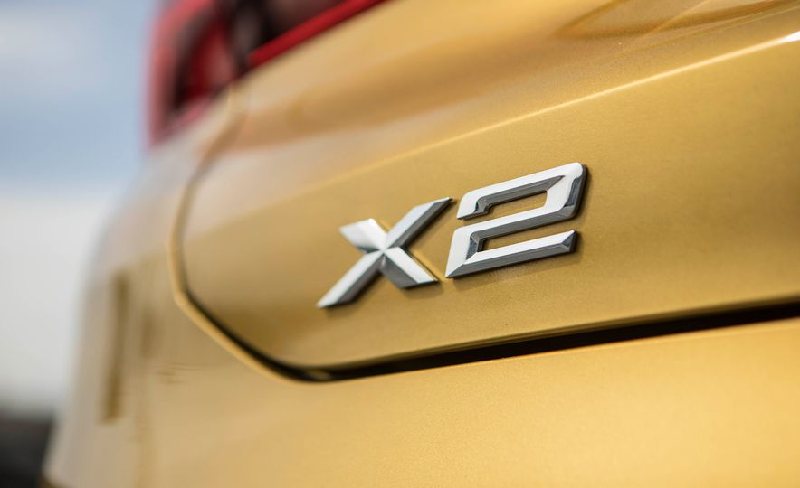 2018 BMW X2 xDrive28i - Slide 9