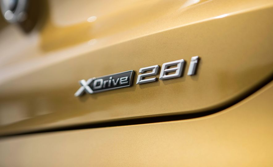 2018 BMW X2 xDrive28i - Slide 10