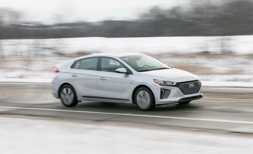 2018 Hyundai Ioniq PHEV - Slide 1