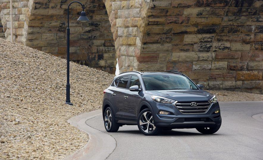 2018 Hyundai Tucson - Slide 12