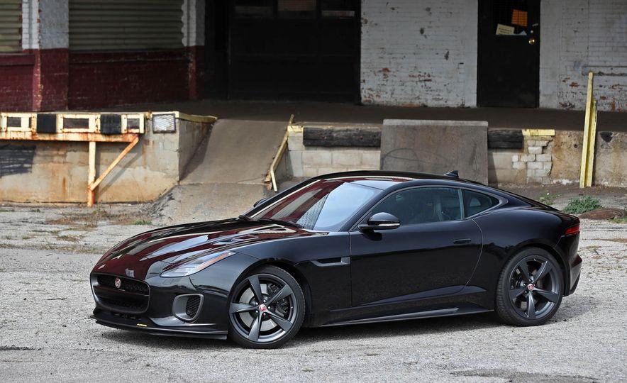 2018 Jaguar F-type 400 Sport - Slide 17