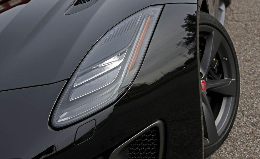 2018 Jaguar F-type 400 Sport - Slide 27