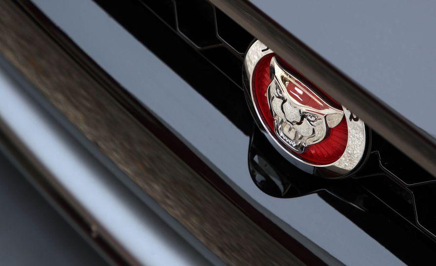 2018 Jaguar F-type 400 Sport - Slide 31