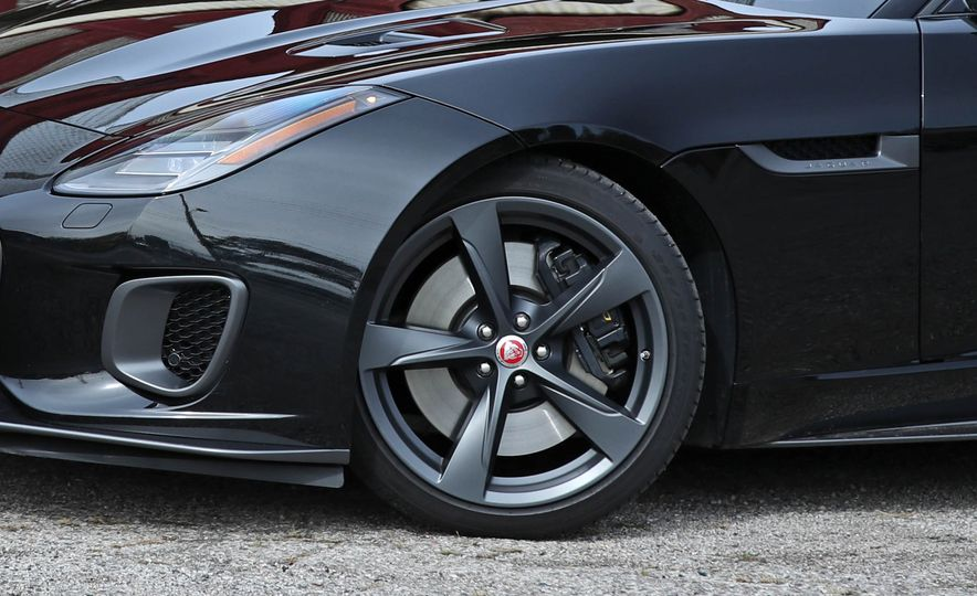 2018 Jaguar F-type 400 Sport - Slide 40