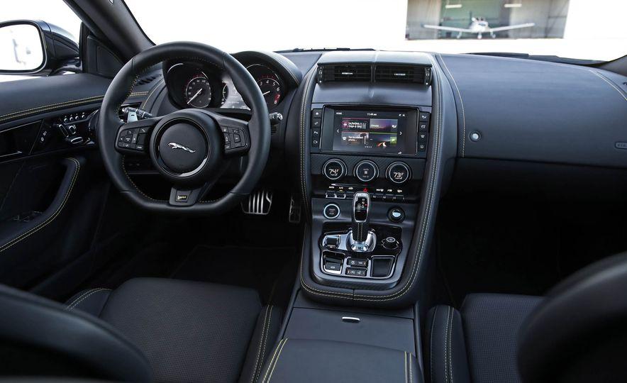 2018 Jaguar F-type 400 Sport - Slide 44