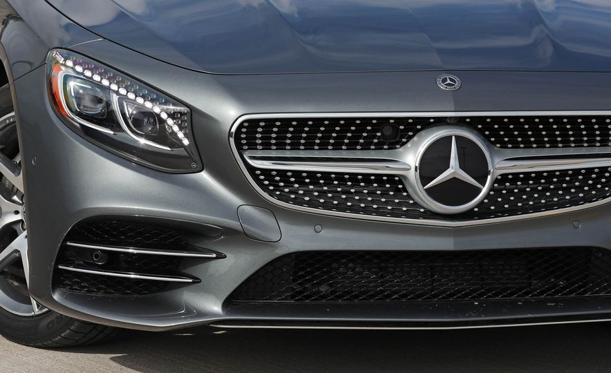 2018 Mercedes-Benz S560 4Matic coupe - Slide 16