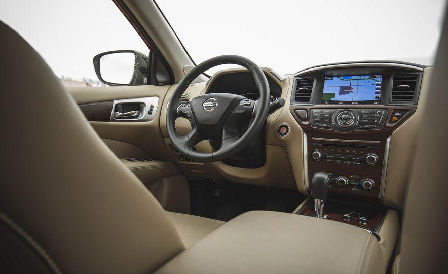 2018 Nissan Pathfinder - Slide 26