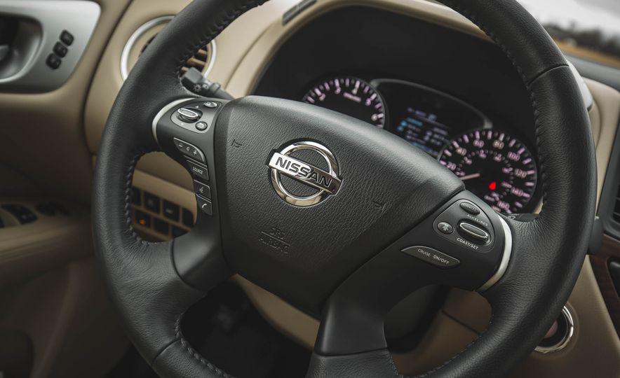 2018 Nissan Pathfinder - Slide 28