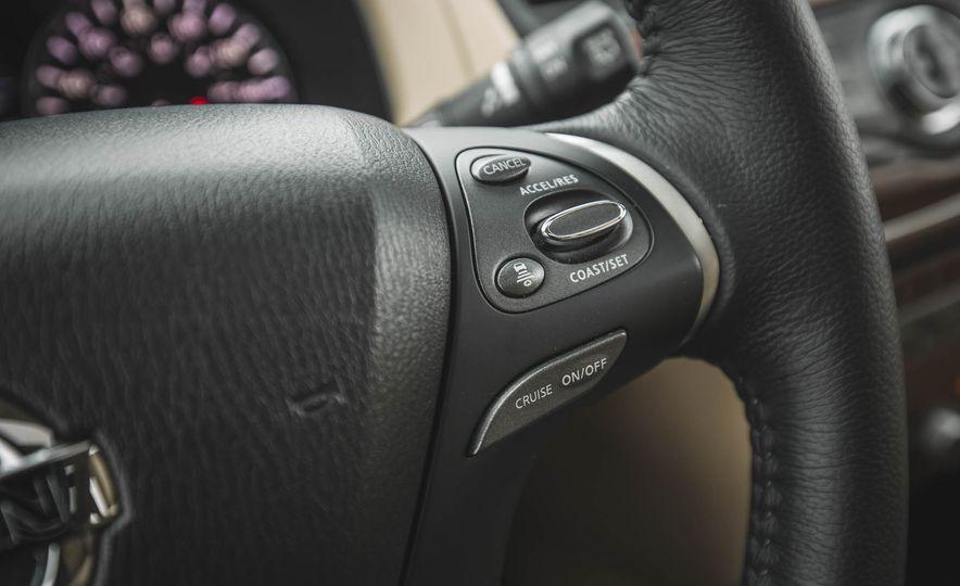 2018 Nissan Pathfinder - Slide 29