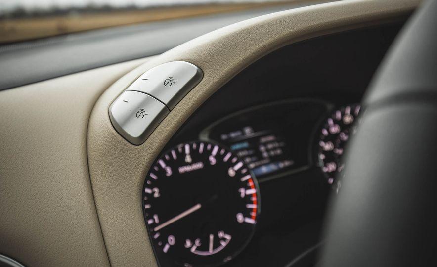 2018 Nissan Pathfinder - Slide 35