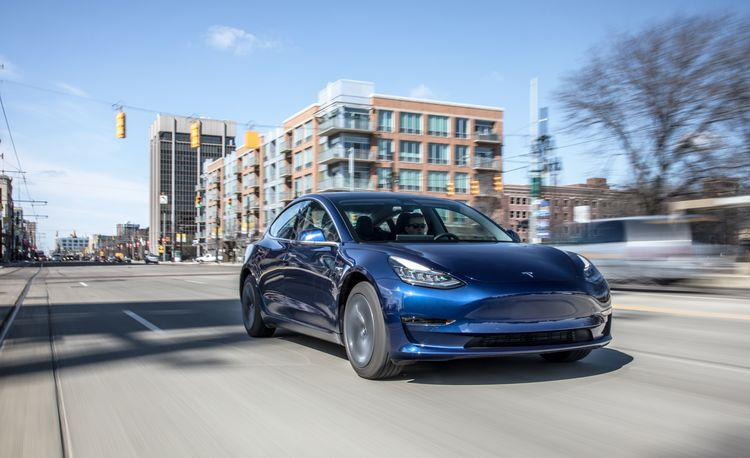 Surprise! Tesla Falls Short of Model 3 Production Goal in Q1