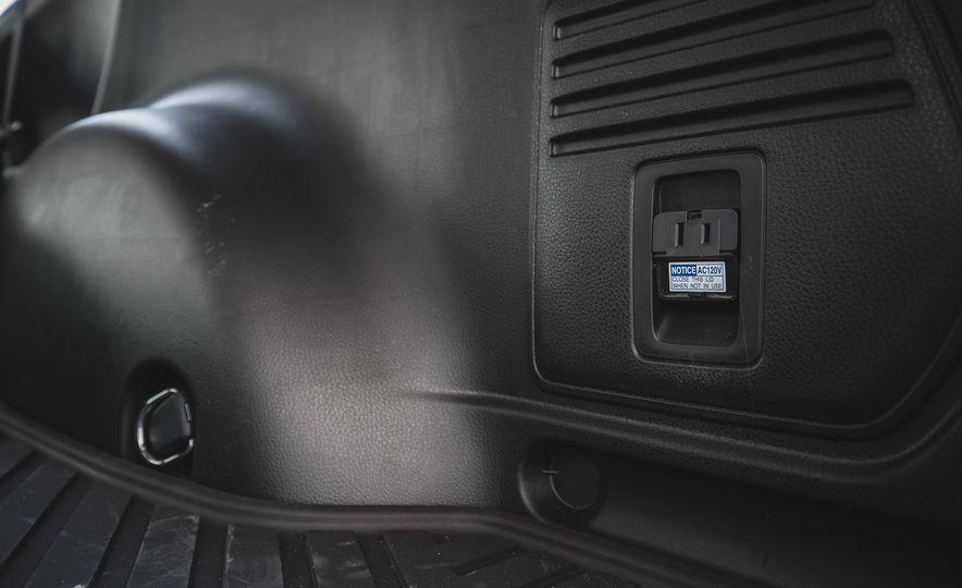 2018 Toyota RAV4 Adventure - Slide 68