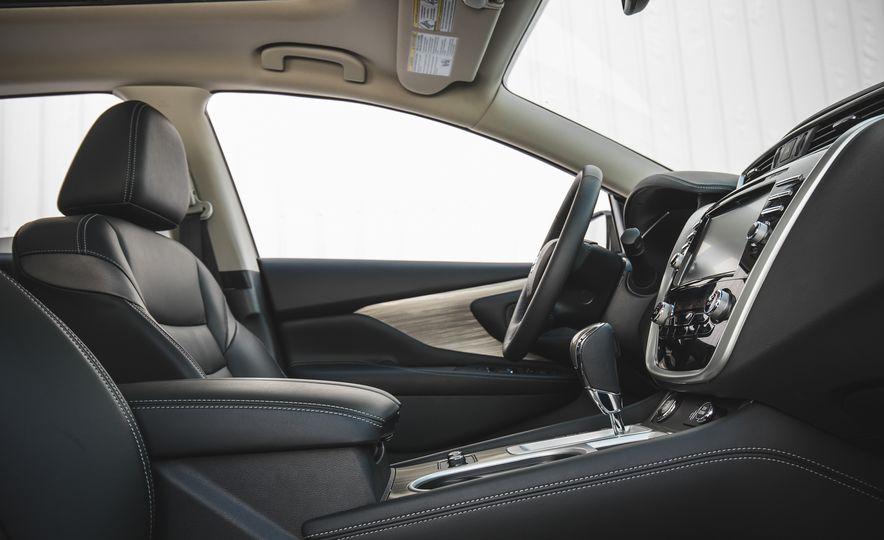 2018 Nissan Murano Platinum - Slide 31