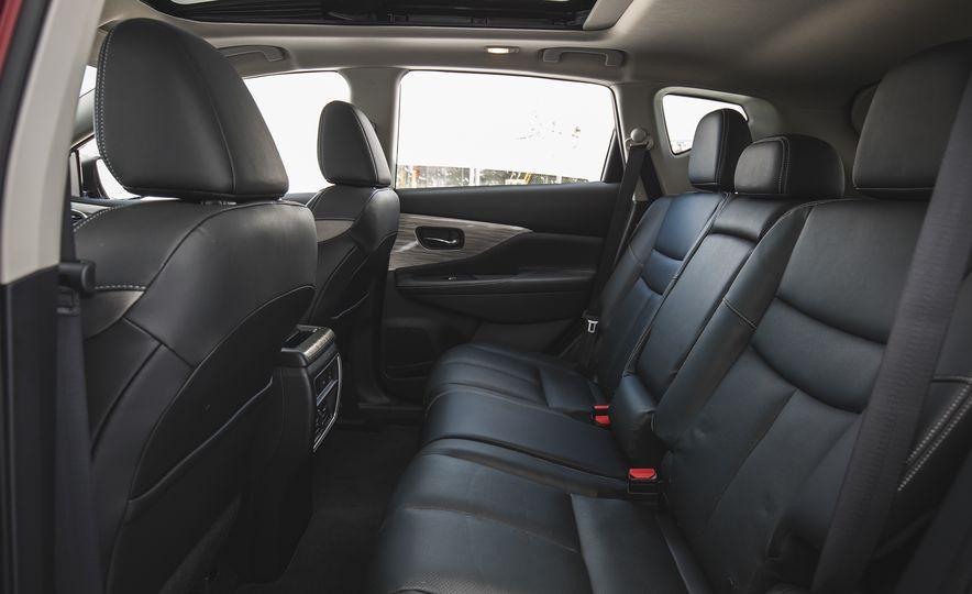 2018 Nissan Murano Platinum - Slide 35