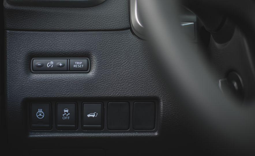 2018 Nissan Murano Platinum - Slide 43