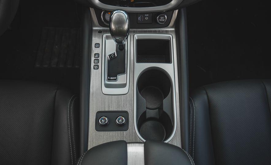 2018 Nissan Murano Platinum - Slide 51