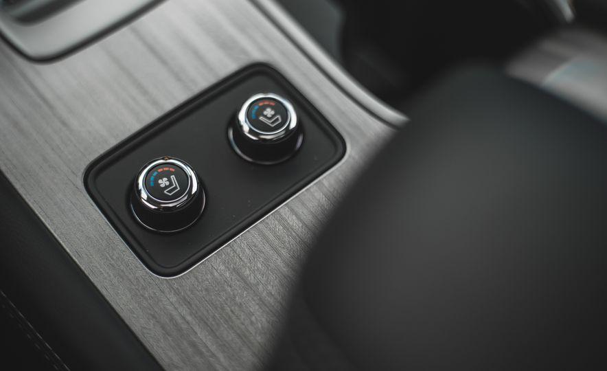 2018 Nissan Murano Platinum - Slide 54