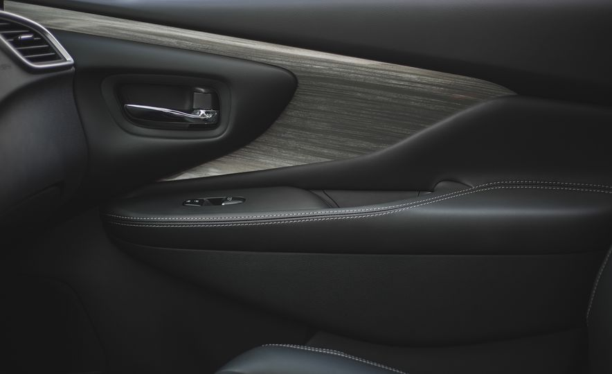 2018 Nissan Murano Platinum - Slide 56