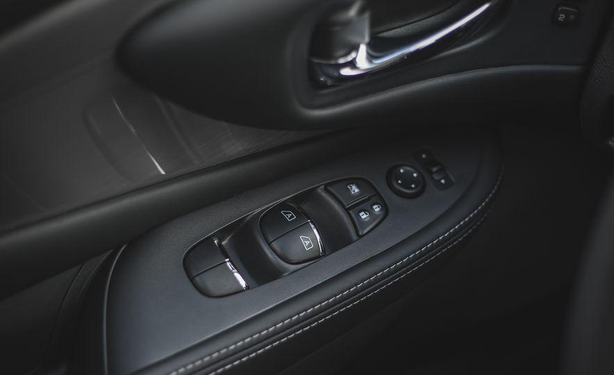 2018 Nissan Murano Platinum - Slide 59