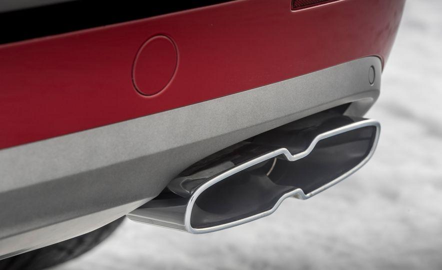 2019 Bentley Bentayga V-8 - Slide 24