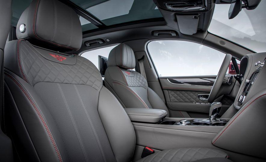 2019 Bentley Bentayga V-8 - Slide 32