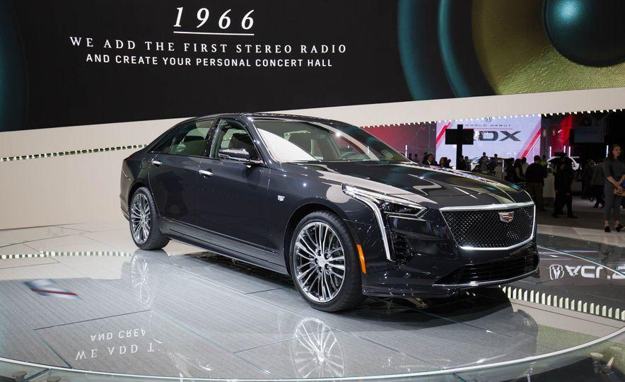 2019 Cadillac CT6 V-Sport - Slide 2