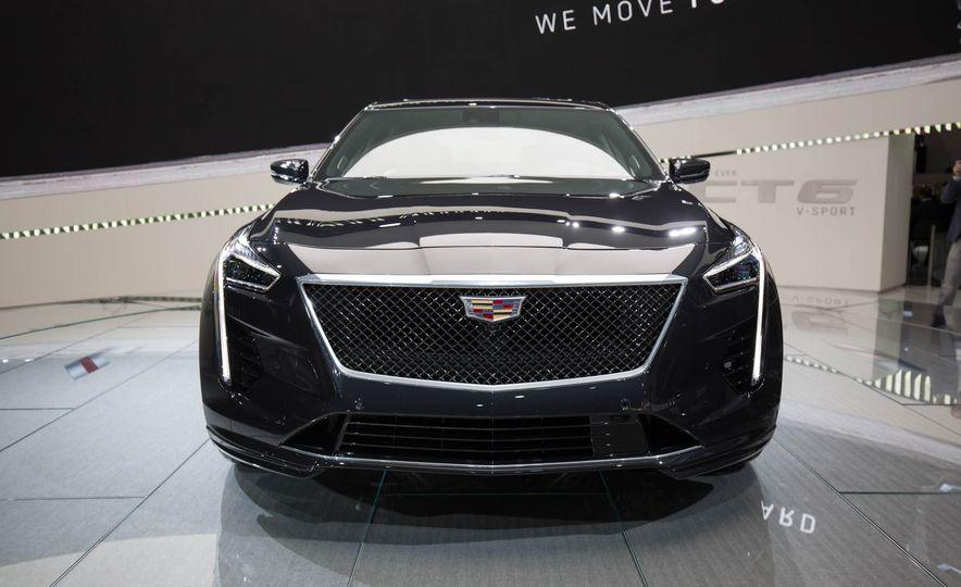 2019 Cadillac CT6 V-Sport - Slide 3