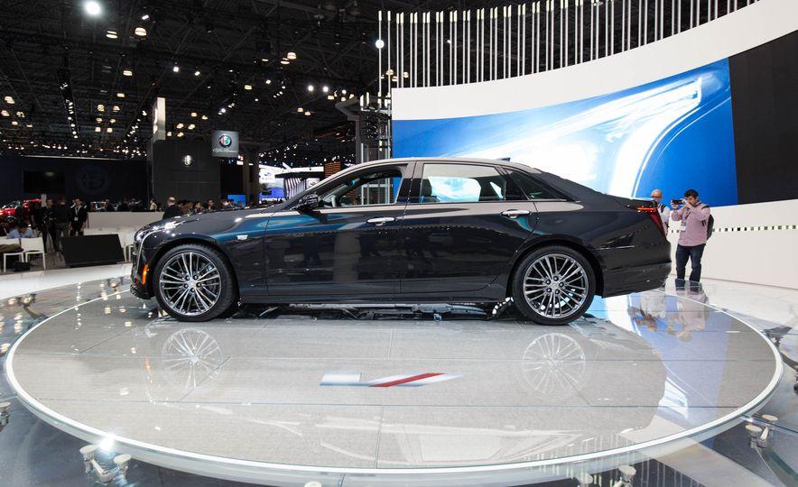 2019 Cadillac CT6 V-Sport - Slide 7