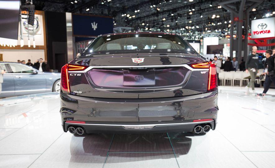 2019 Cadillac CT6 V-Sport - Slide 9