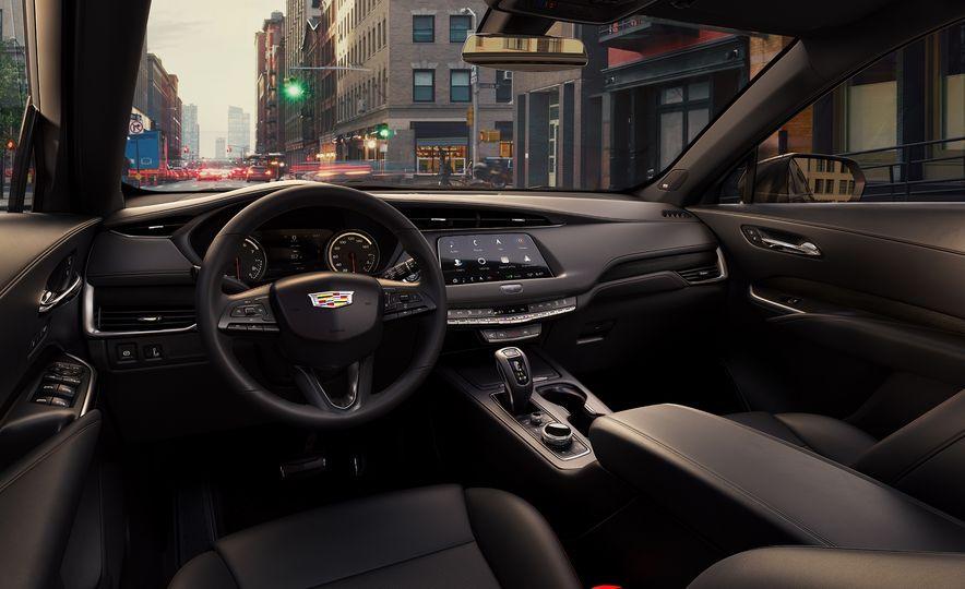 2019 Cadillac XT4 - Slide 30