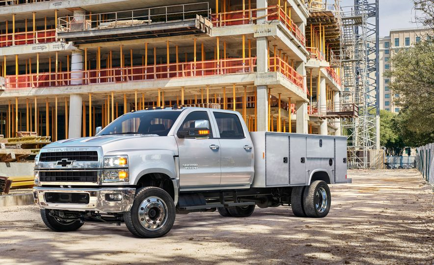 2019 Chevrolet Silverado 4500HD - Slide 1