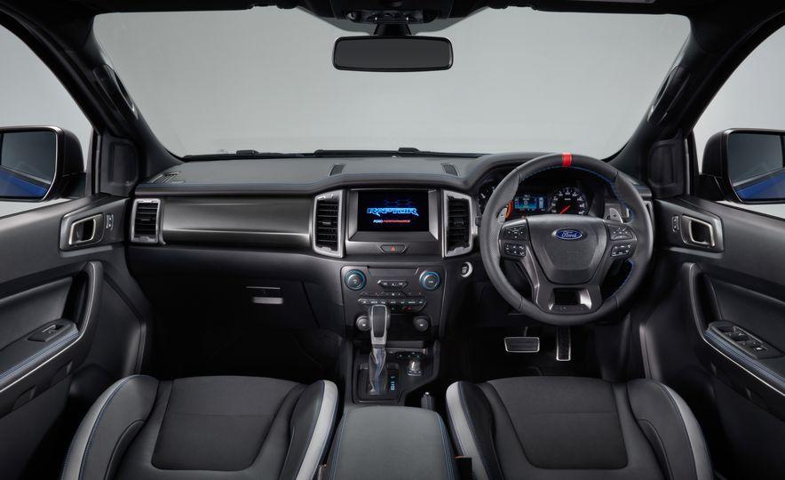 2019 Ford Ranger Raptor - Slide 11