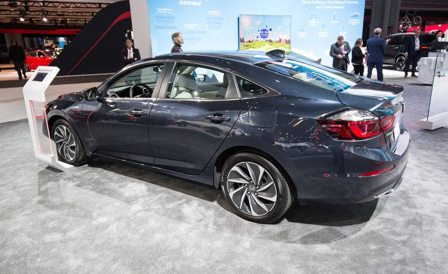 2019 Honda Insight - Slide 7