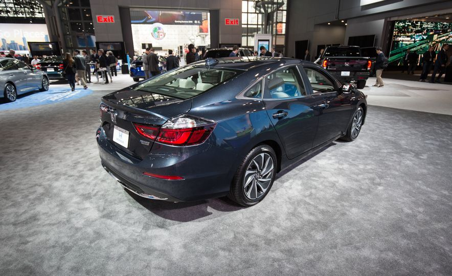 2019 Honda Insight - Slide 9
