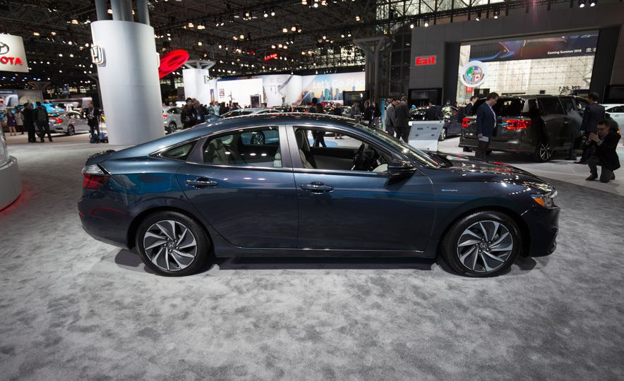 2019 Honda Insight - Slide 10
