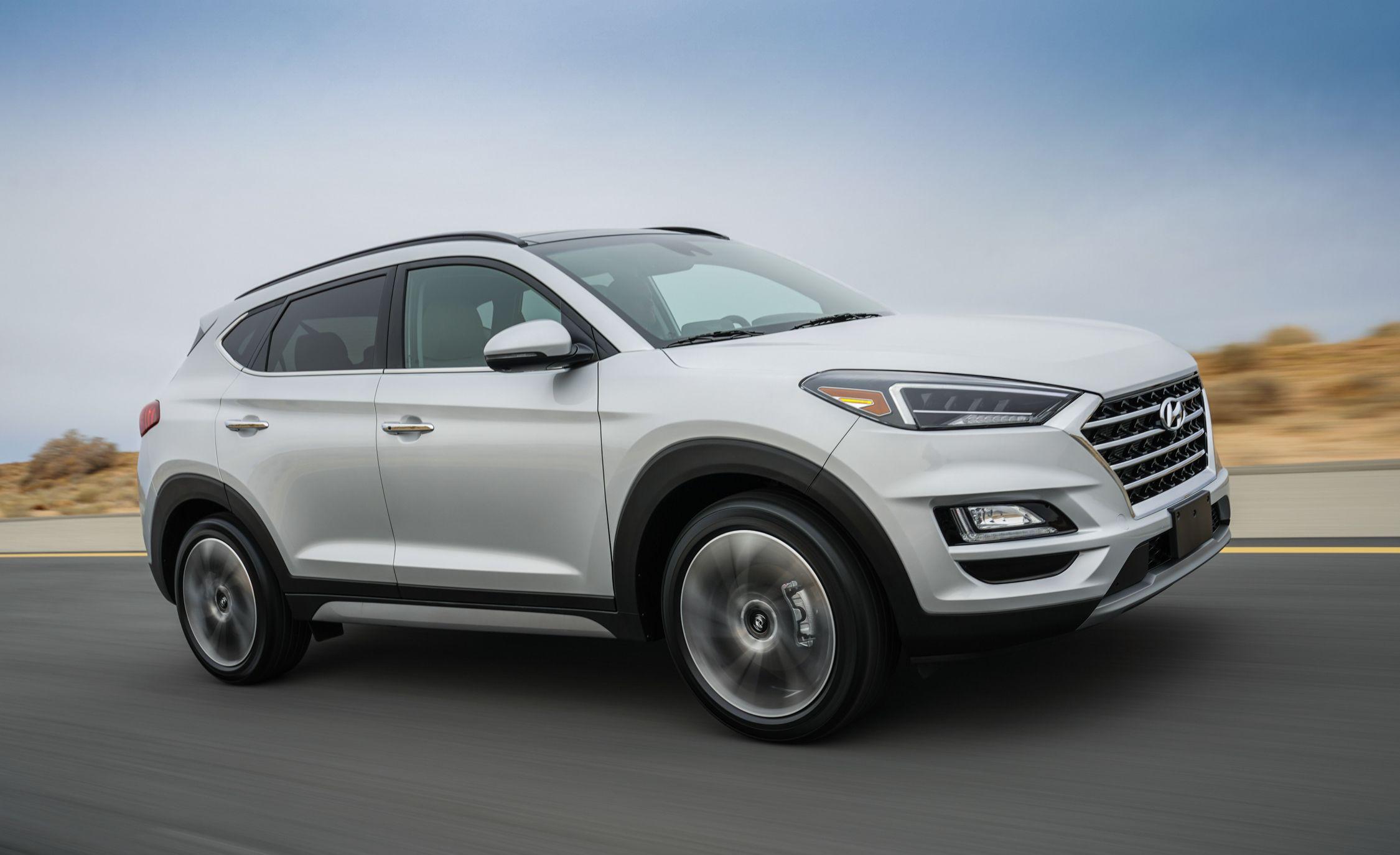 Hyundai Tucson Reviews Price Photos And Specs Car Driver