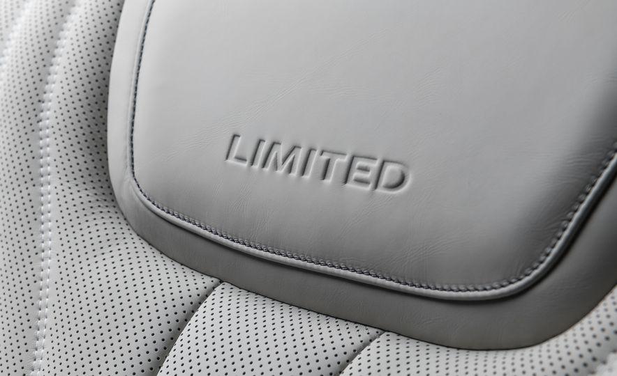 2019 Infiniti QX60 Limited - Slide 25