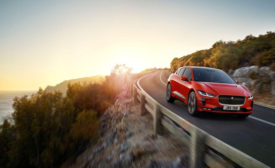 2019 Jaguar I-Pace - Slide 7