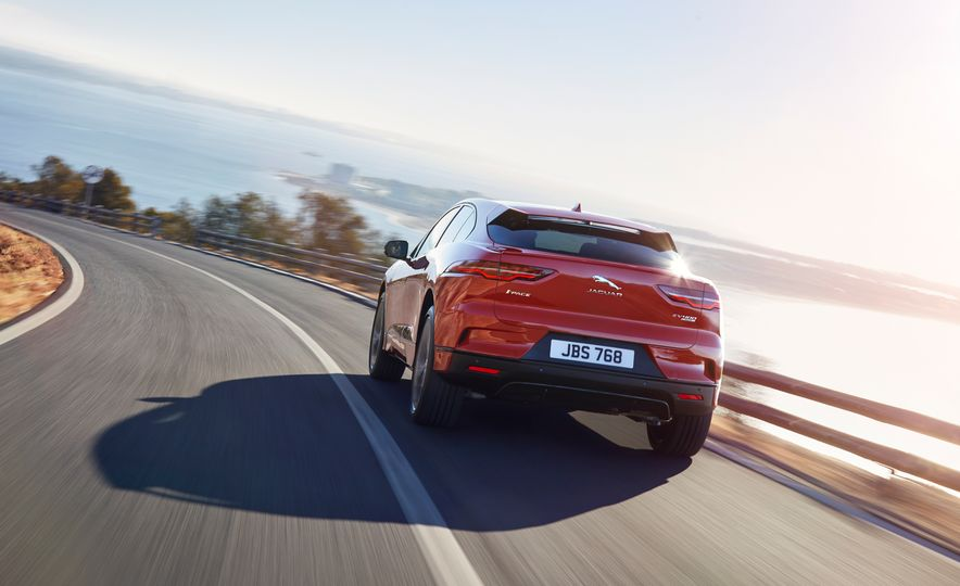 2019 Jaguar I-Pace - Slide 13