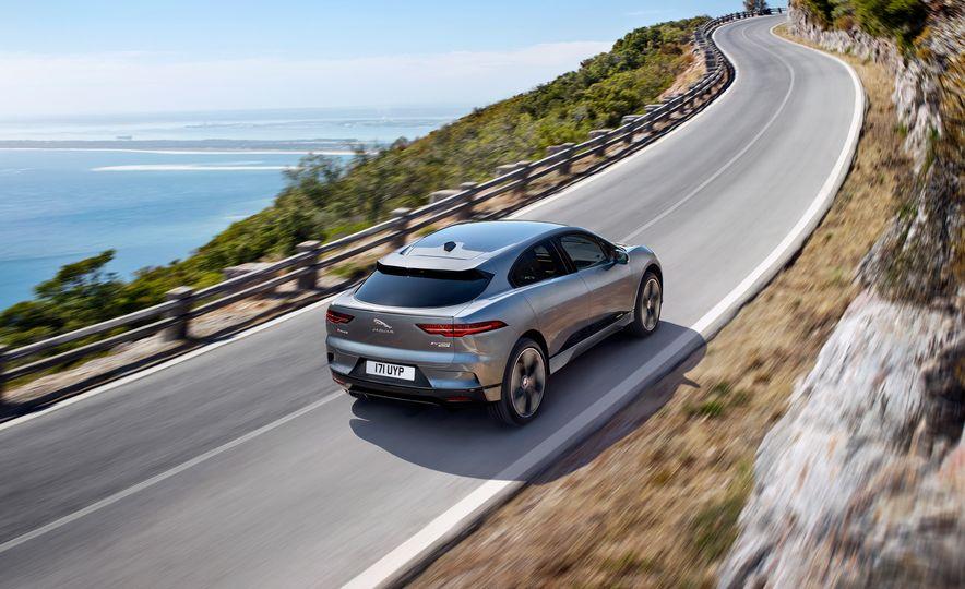 2019 Jaguar I-Pace - Slide 17