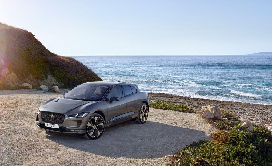 2019 Jaguar I-Pace - Slide 24