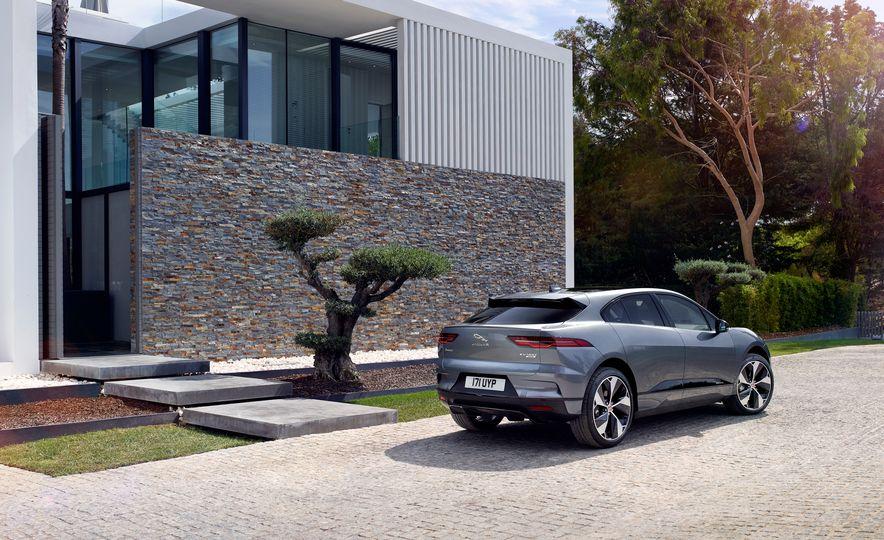 2019 Jaguar I-Pace - Slide 26