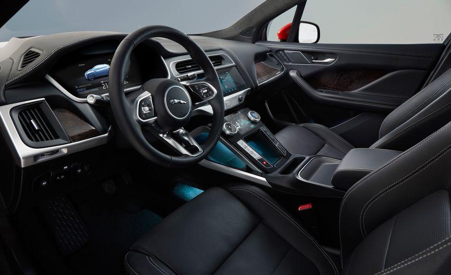 2019 Jaguar I-Pace - Slide 40