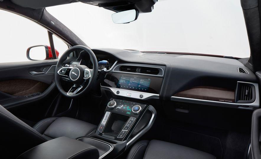 2019 Jaguar I-Pace - Slide 41