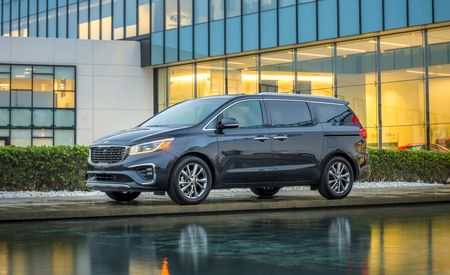 2019 Kia Sedona: Still Fetching, Still Offers a Lot
