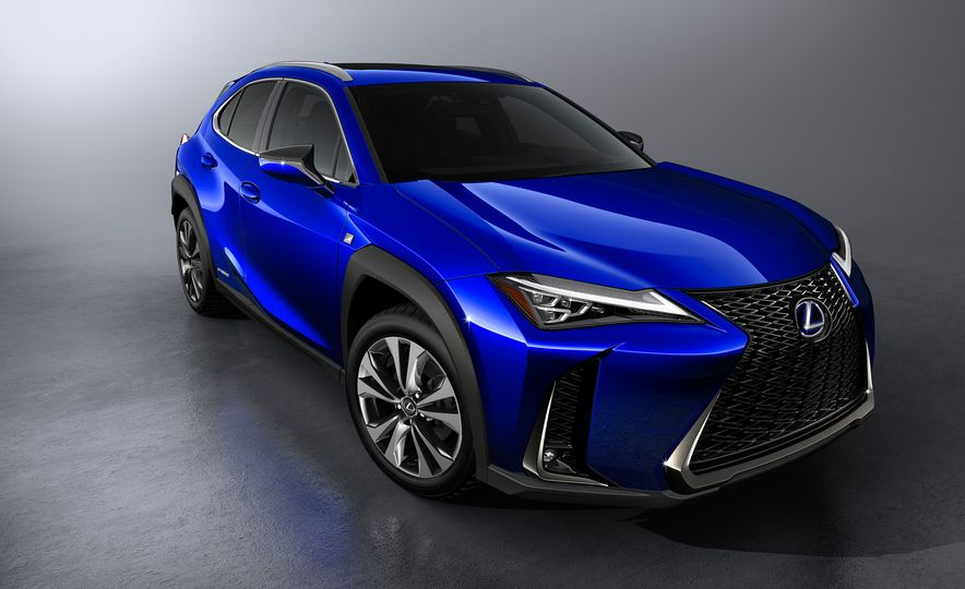 2019 Lexus UX - Slide 18