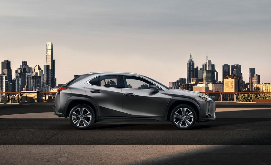 2019 Lexus UX - Slide 57
