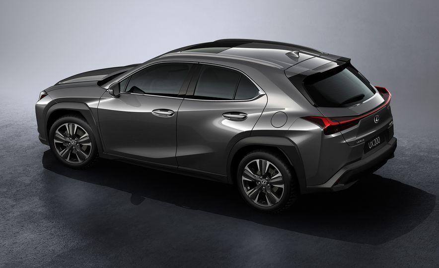 2019 Lexus UX - Slide 62