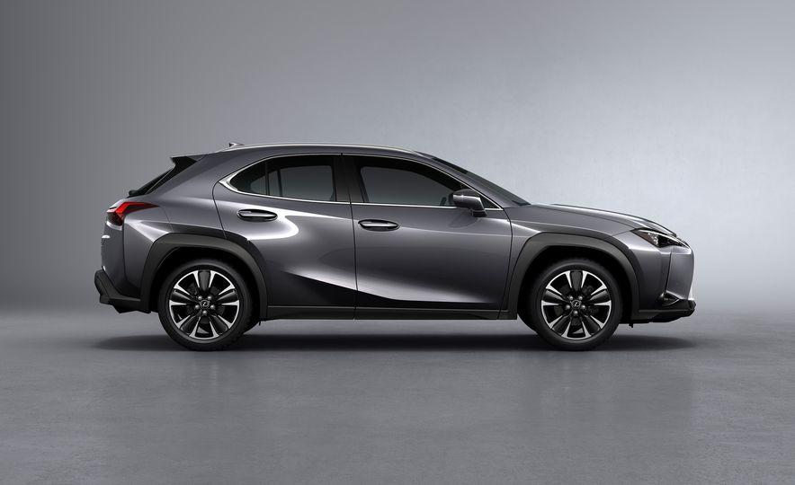 2019 Lexus UX - Slide 65