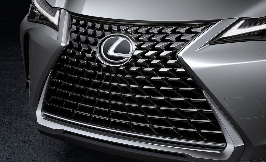 2019 Lexus UX - Slide 69